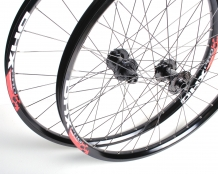 DHX V6 Wheelset - UK Made Hubs