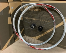 ESSENTIAL MTB WHEELS Clearance BOOST 15/148MM
