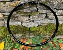 ISOTOPE V6 Wheelset - UK Made Hubs